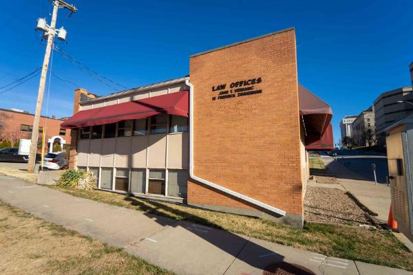 Barnett & Ross Law Building - 1987